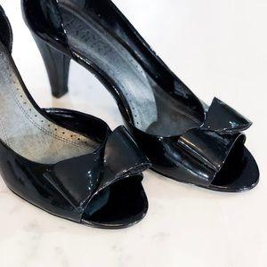 Pattern Leather Peep Toe Bow Heels